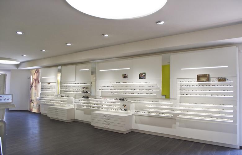 arredamento negozio OTTICA ROMA CENTRO VISIONE