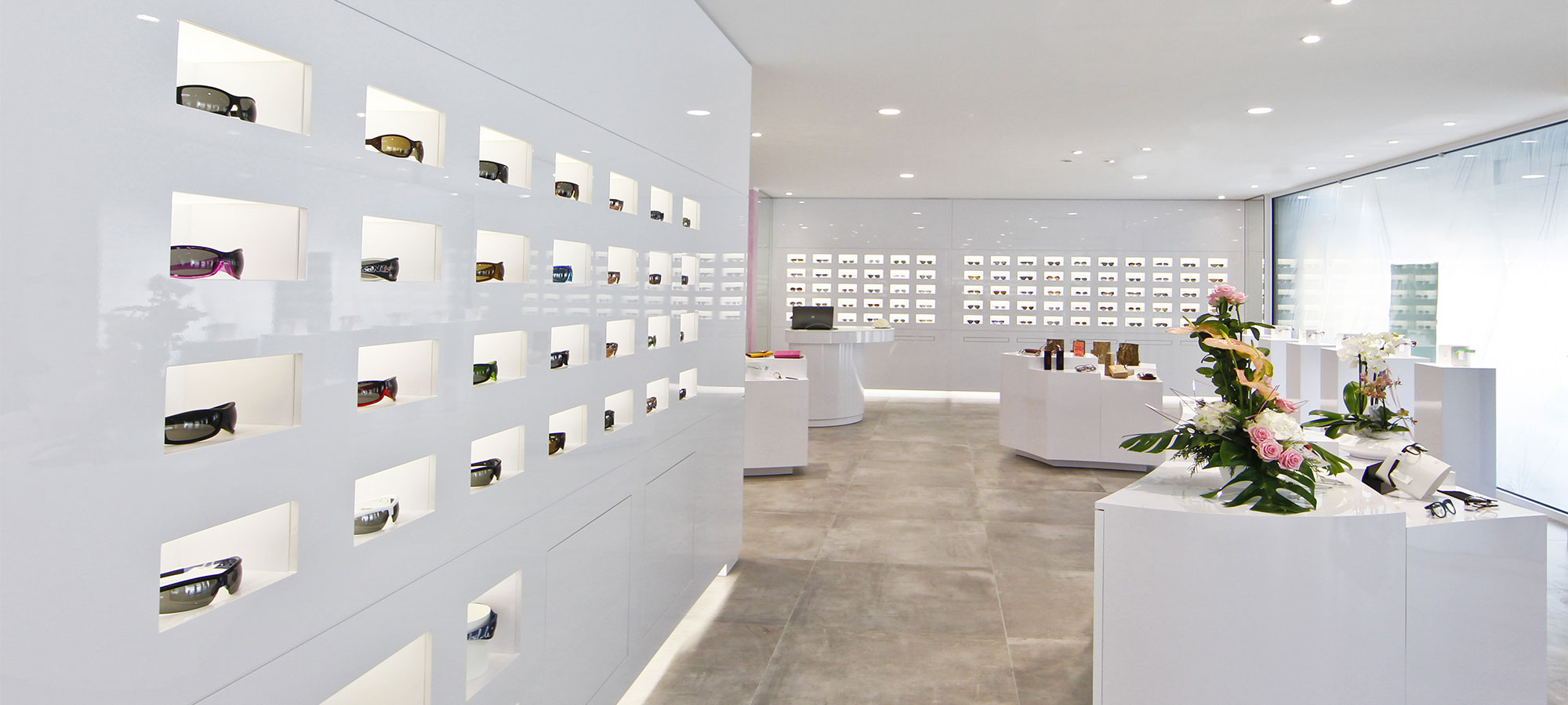 Arredamento negozi ottica edi design arredamenti per ottici for Negozi arredamento bergamo e provincia